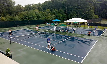 The courts are dried and ready for some matches…  we will resume at 2:15pm!